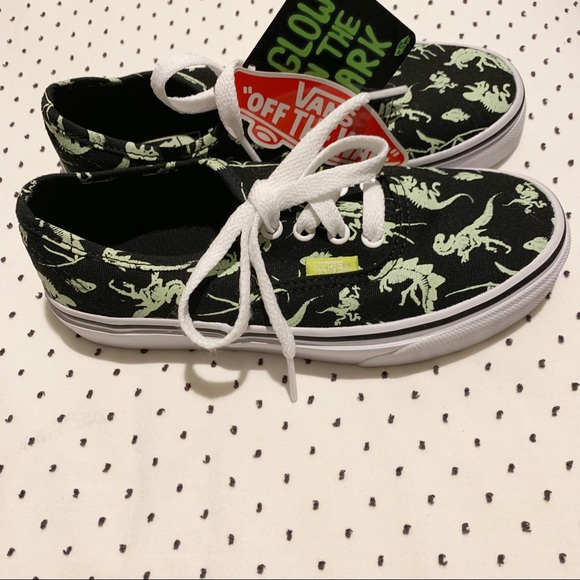 0fb675a2ae VANS Glow in the dark Dinosaur lace up sneaker 🆕
